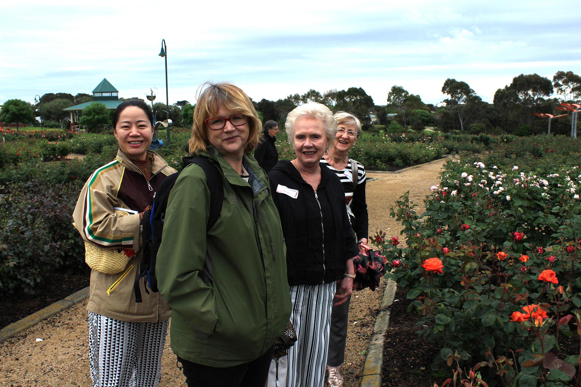 Reunion garden tour